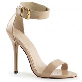 Hot heel in nude